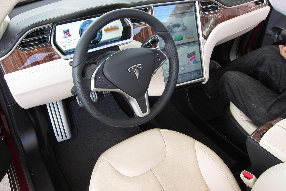 тесла автомобиль характеристики цена