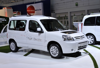 Элеткромобиль Citroen Berlingo First Electric со вкусом